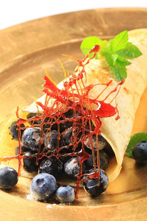Crepe filled with fresh blueberries