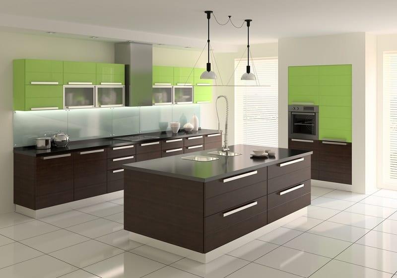glass kitchen splashbacks in a cozy kitchen