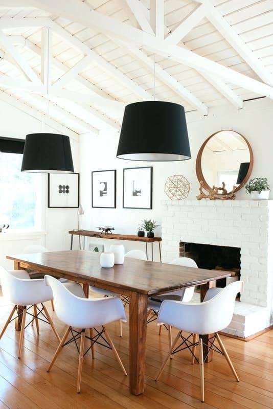 Simple-Yet Satisfying DIY Dining Table