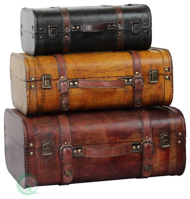 Traveler's Souvenir Finds Interesting Dressers