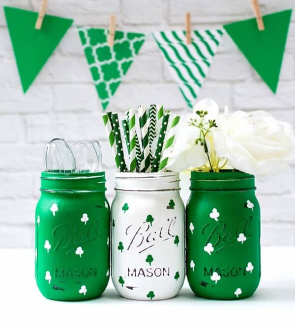 DIY painted shamrock mason jars