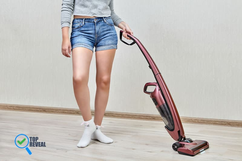 Best Cordless Stick Vacuums Under $100