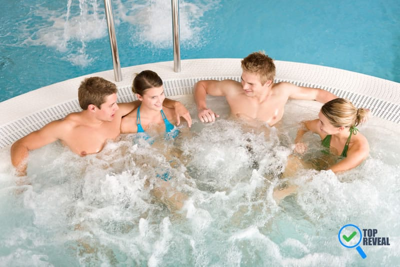 How to Use Hot Tub Reviews to Shop for the Best