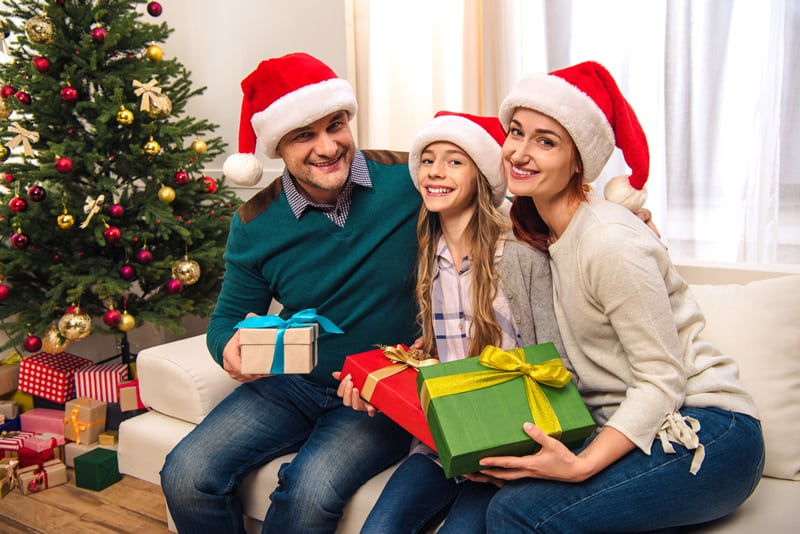 Holiday Gift Guide for Family Members
