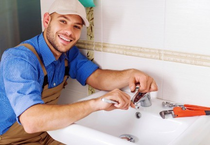 check the Plumber credentials and insurance coverage