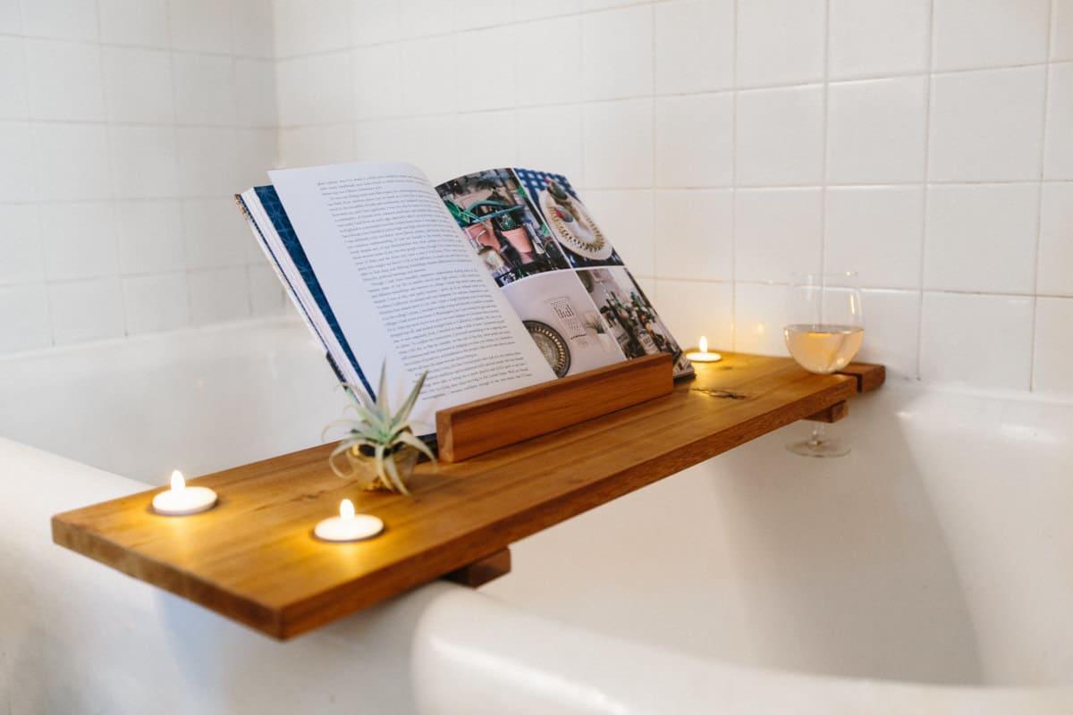 Luxurious Bath Tub Caddy