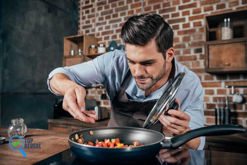 Bachelors Guide To Everything Your Kitchen Needs
