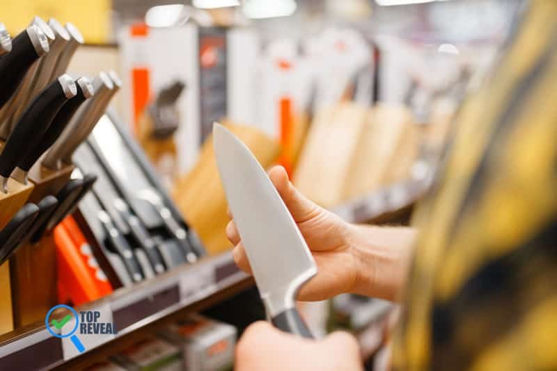 Store Kitchen Knives that Won't Damage The Blades