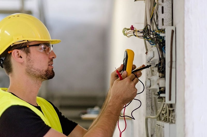 Why Hire San Diego Electrical Companies