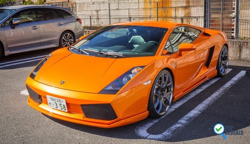 Lamborghini Gallardo versus Chrysler Lebaron: A Complete Insight